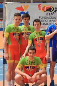 podium persecucion por equipos